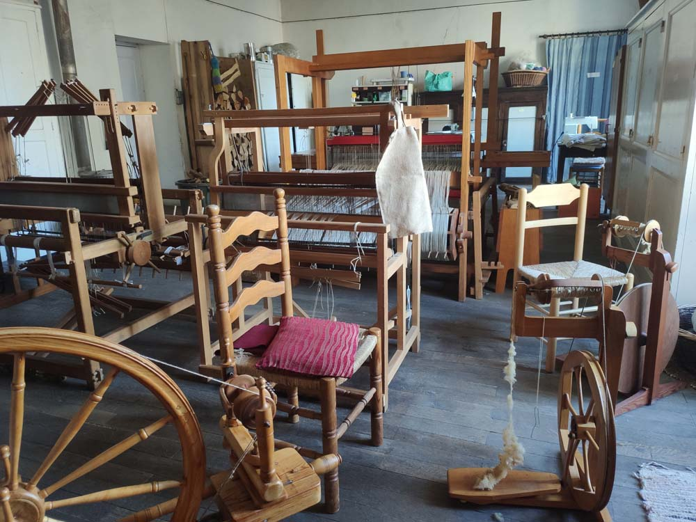 Weaving workshop Arche Saint-Antoine